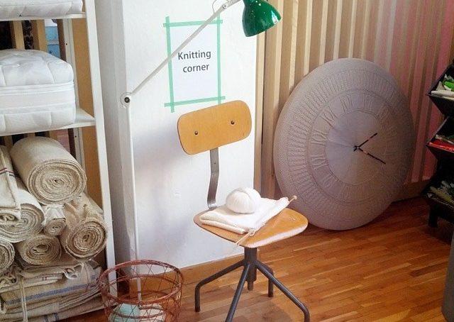Al #fuorisalonecf poteva mancare un #knitting corner?! Certo che no!