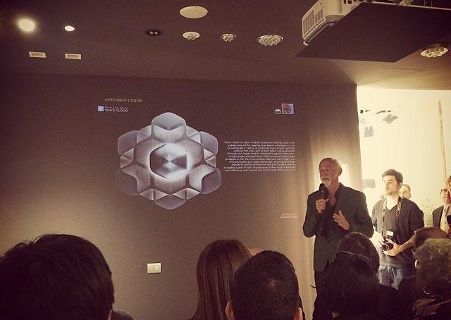 @Ross Lovegrove e la sua nuova lampada @Artemide Space Cloud #fuorisalonecf