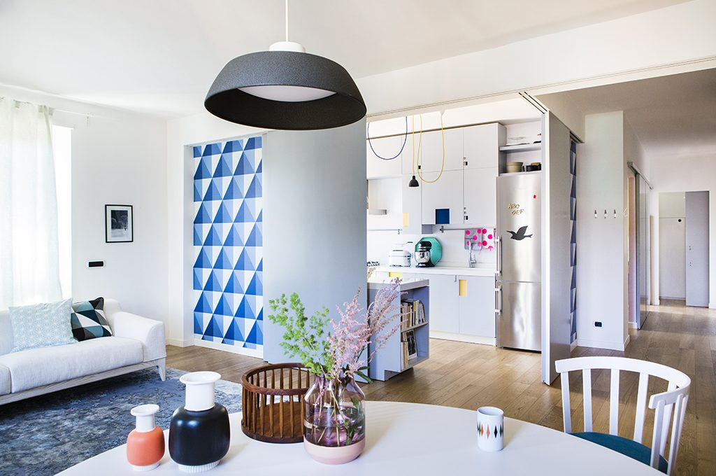 Pareti mobili per dividere la zona giorno e notte casafacile for Mobili per camera da pranzo