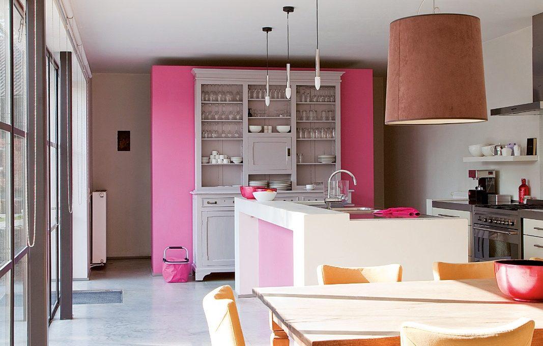 Color Prugna Per Pareti : Una parete fucsia perché no casafacile