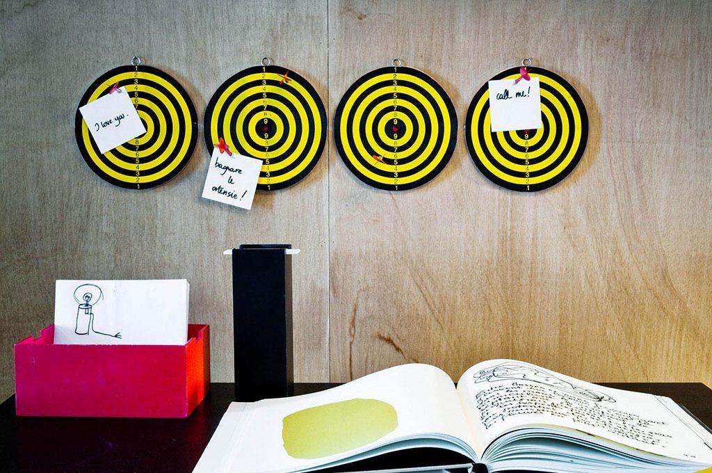 Scrivania Ufficio Organizzata : La parete della scrivania organizzata e divertente casafacile