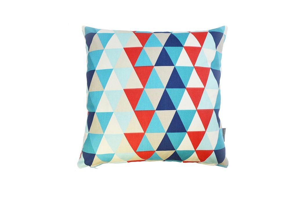 Disegni e oggetti geometrici decorativi sono trendy e for Oggetti decorativi casa