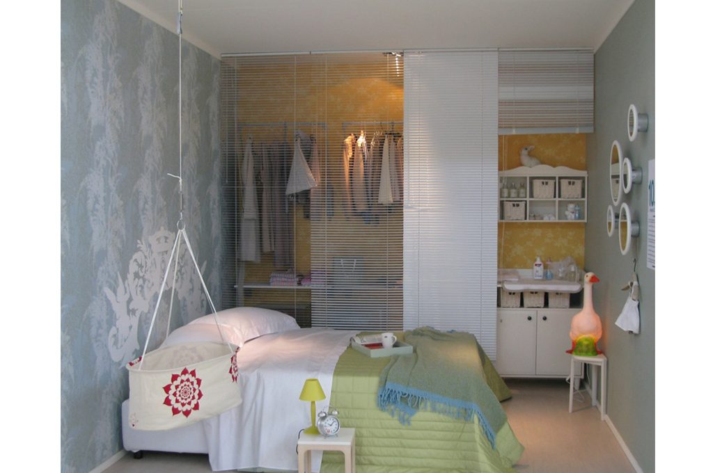 Cabina Armadio Tenda Polvere : 12 soluzioni con una tenda: cabina armadio lavanderia ripostiglio