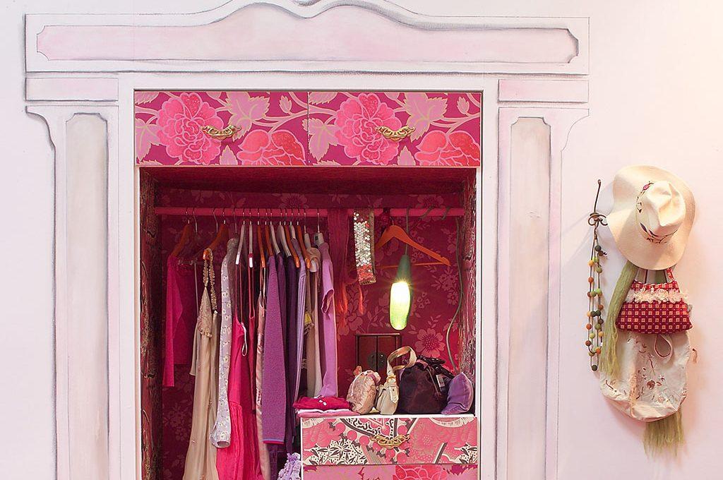 Cabine Armadio Ferramenta : Così ricavi la cabina armadio in una nicchia! casafacile