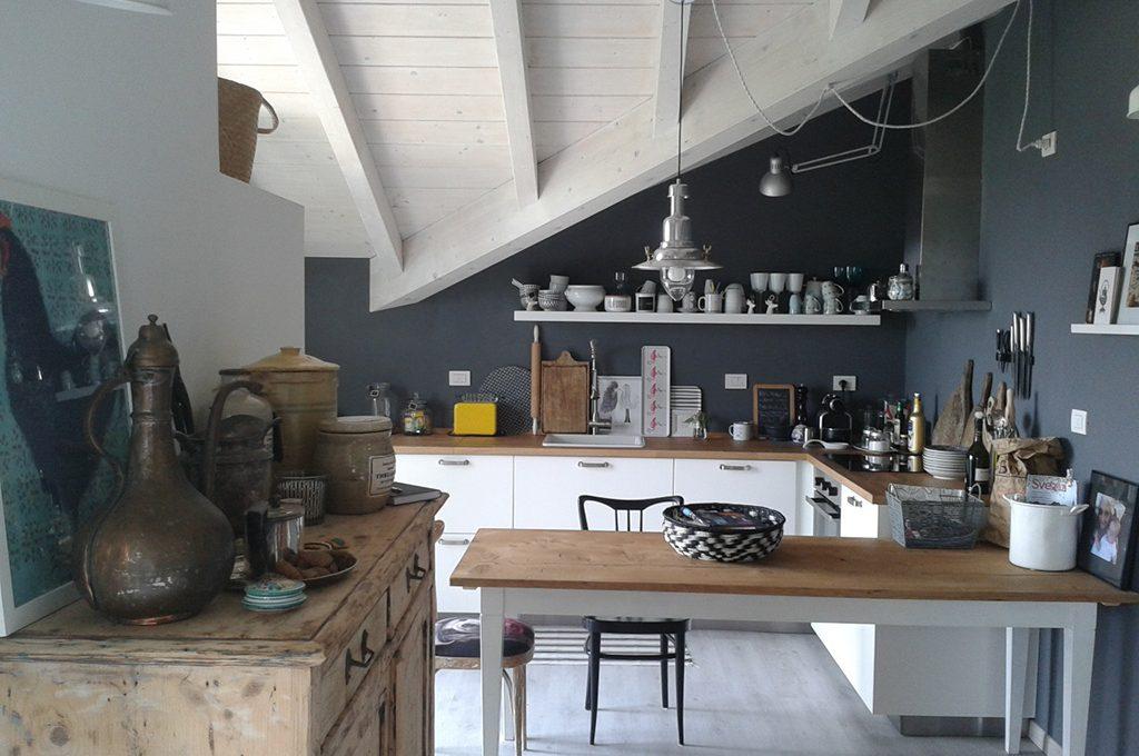 Stile minimal s ma 39 caldo 39 casafacile for Casa stile minimal