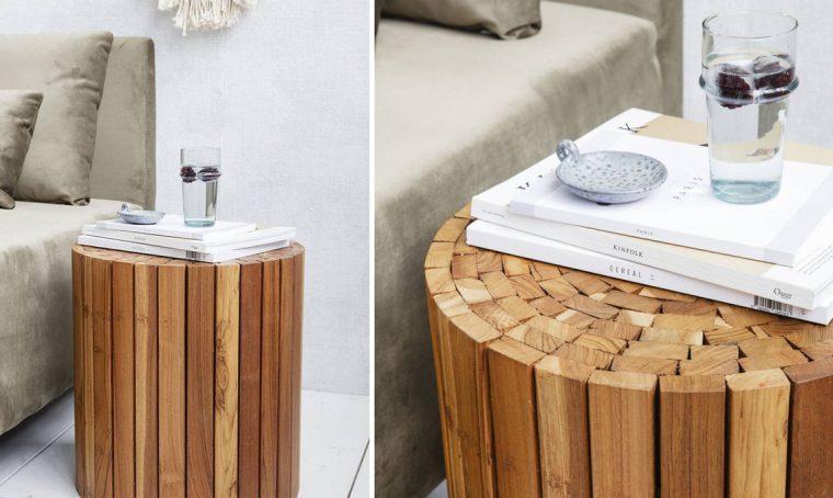 Sgabelli e tavolini in legno naturale