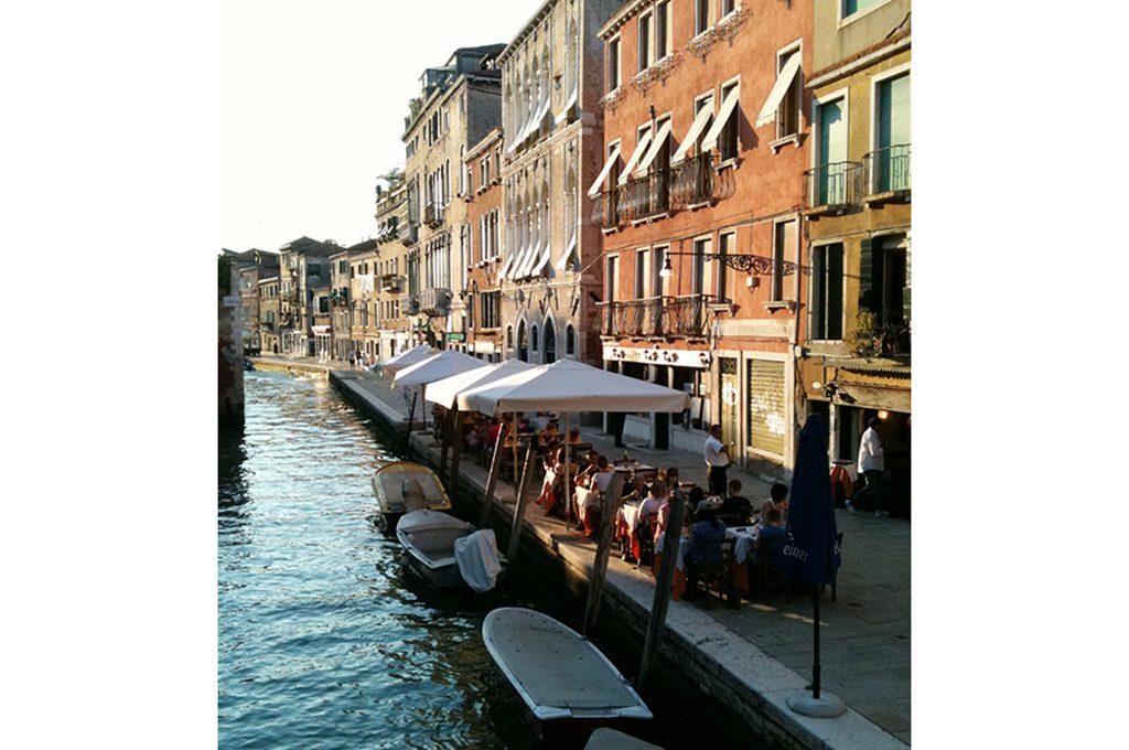 Shopping tour guida ai negozi di design di venezia for Negozi arredamento venezia