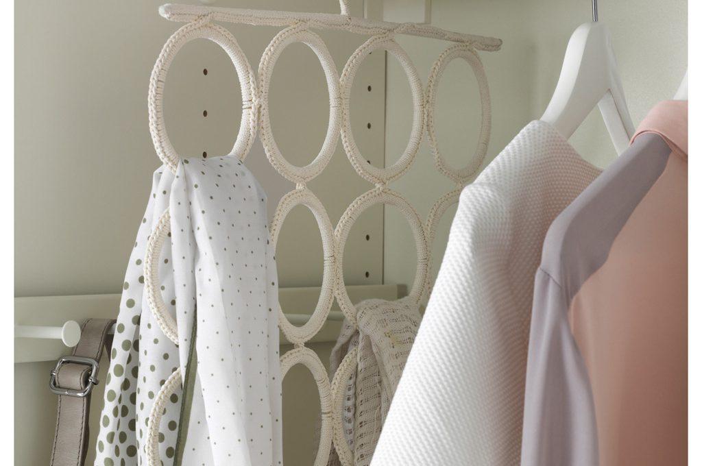 Cambio armadi come organizzare e tenere pulito l armadio