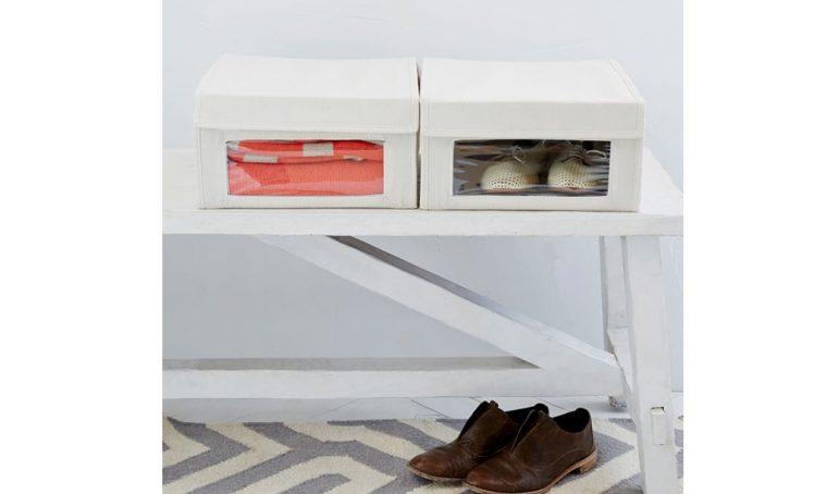 Cambio armadi: organizza il guardaroba con le scatole