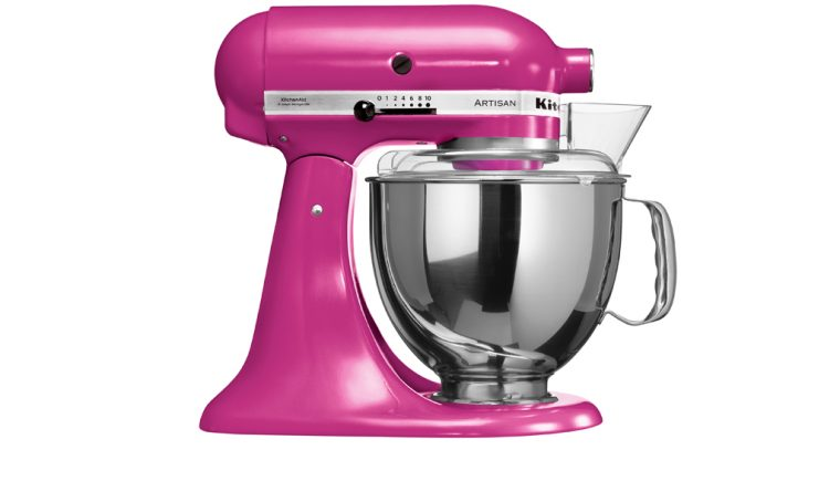 KitchenAid si tinge di rosa