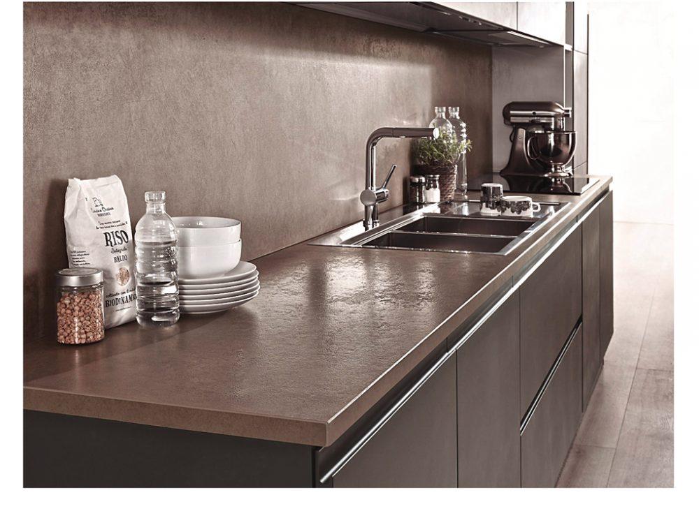 Cucina lavelli integrati nel top casafacile - Piani cucina materiali ...