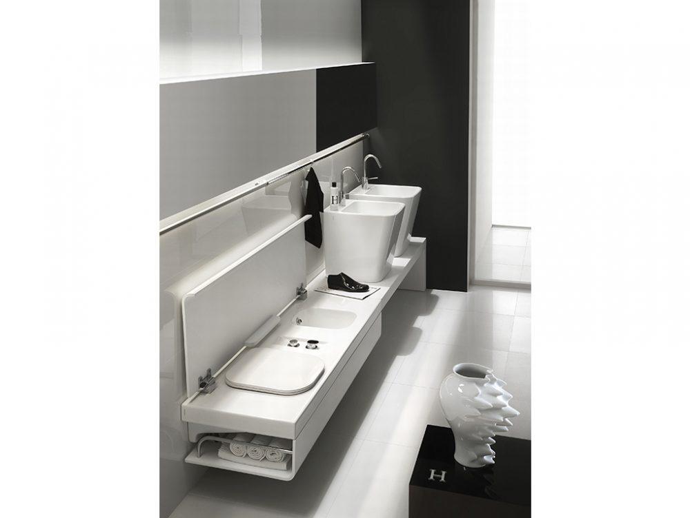 Soluzioni salvaspazio per piccoli bagni