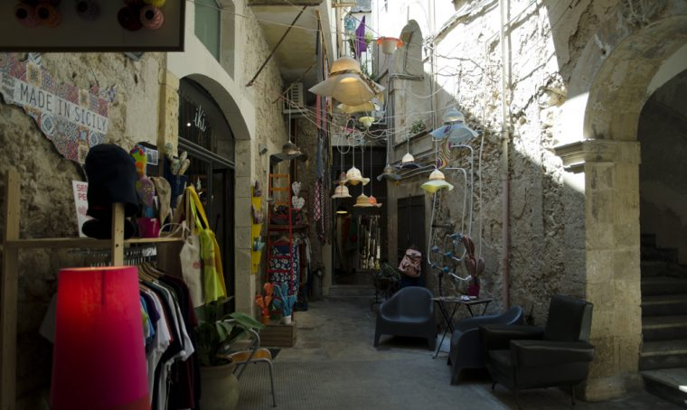 Shopping tour a Siracusa