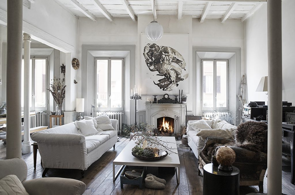 Una casa d 39 epoca in stile classico con brio casafacile for Case d epoca