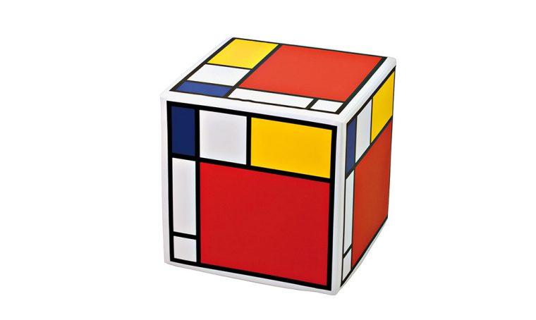 10 mobili e accessori colorati in stile Mondrian