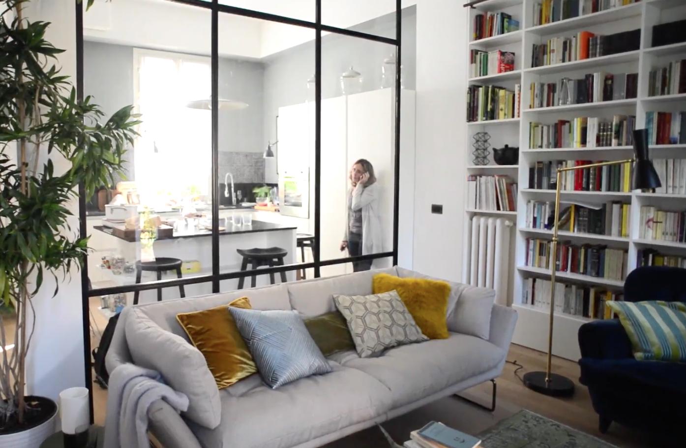 Prima dopo l 39 open space con la parete vetrata casafacile for Piani di casa open space