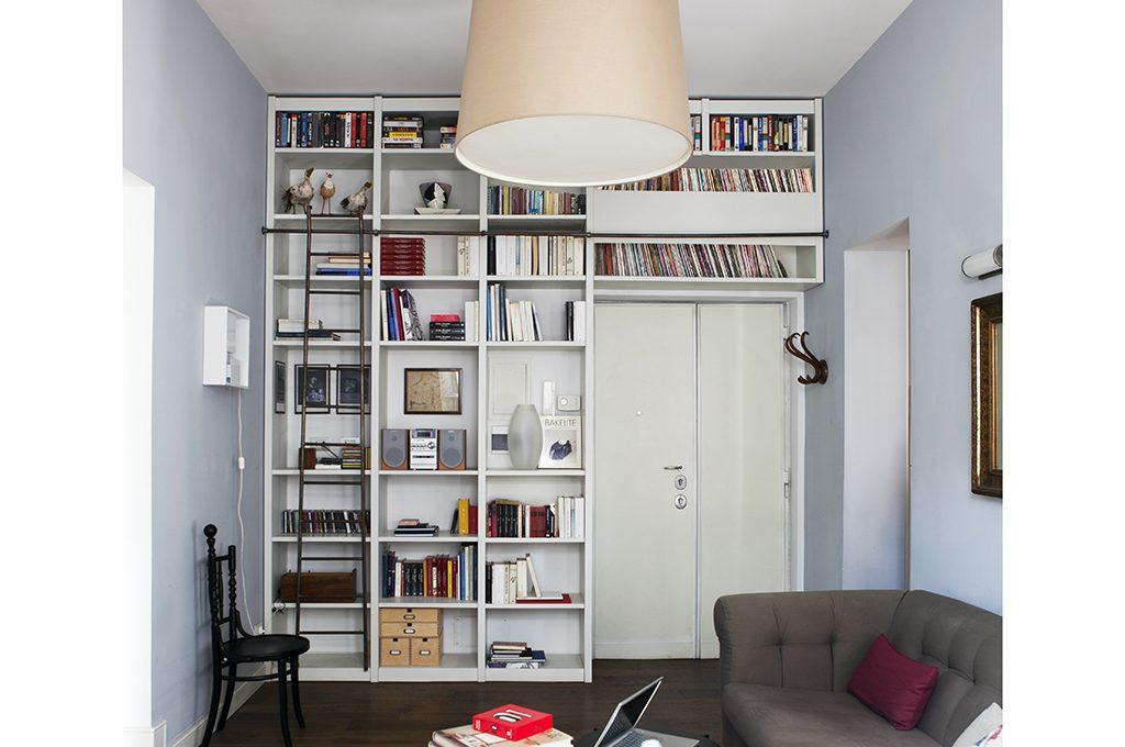 Libreria A Ponte Per Letto Matrimoniale.Librerie A Ponte A Tutta Parete E Altre Soluzioni Originali
