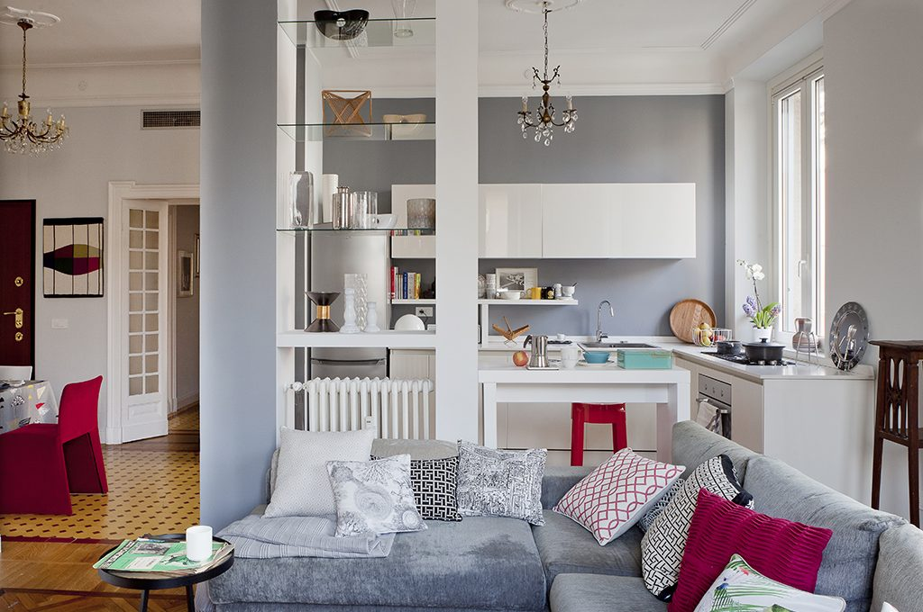 Open space come dividere cucina e soggiorno casafacile for Piccoli piani cabina con soppalco e veranda