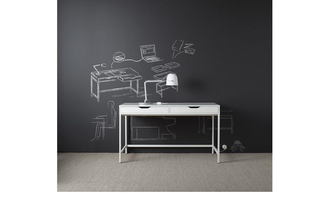 13 scrivanie per l 39 angolo studio casafacile for Scrivanie per studio in casa