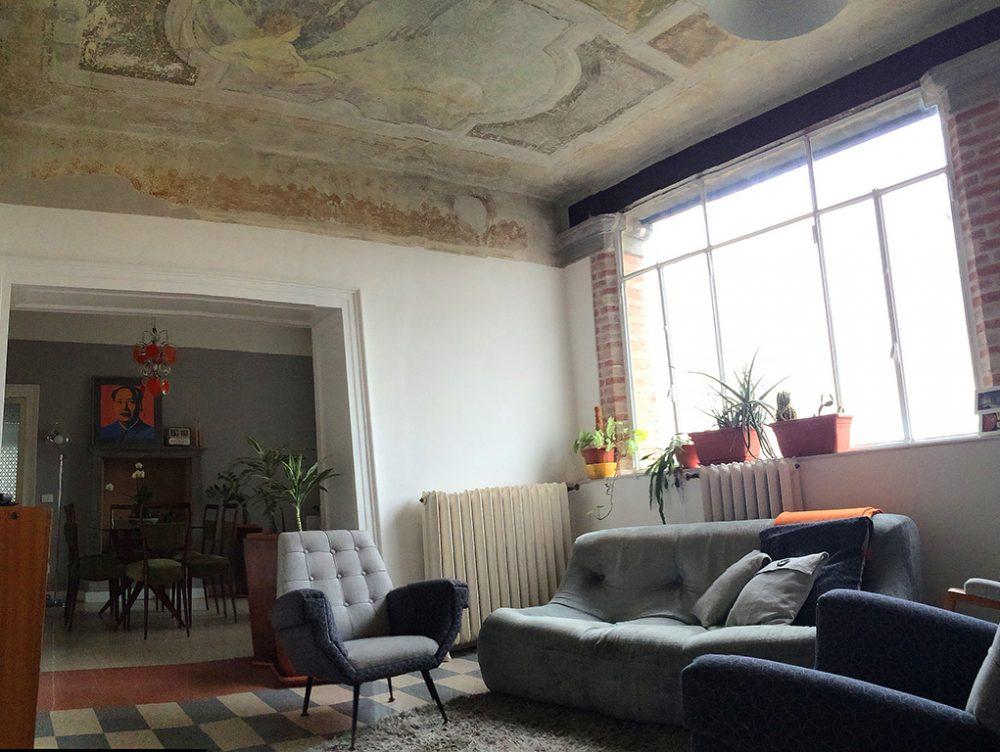 Ristrutturare una casa d'epoca e… scoprire i soffitti affrescati!