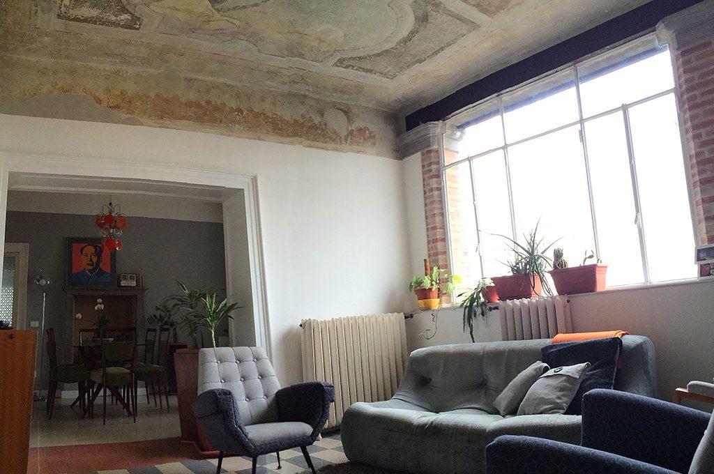 Decorazioni Per Soffitti A Volta : Ristrutturare una casa depoca e scoprire i soffitti affrescati