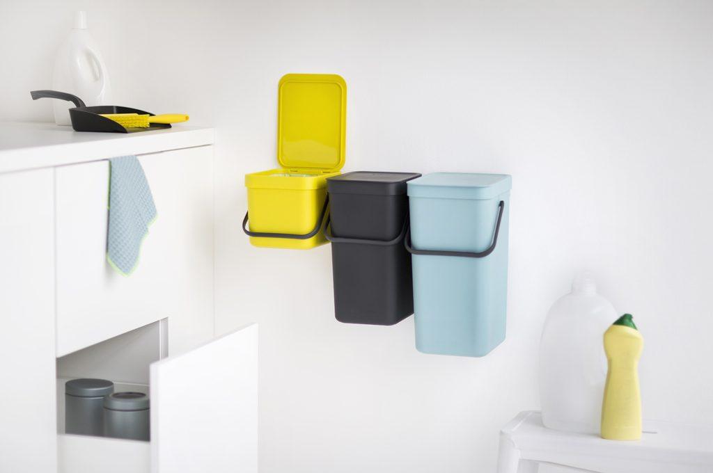 Pattumiera cucina design fd62 regardsdefemmes for Accessori per ufficio design