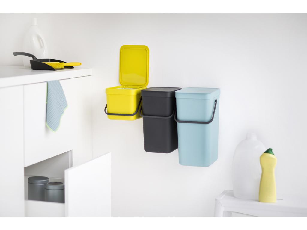 Pattumiere belle e utili per la raccolta differenziata for Ikea bidoni differenziata