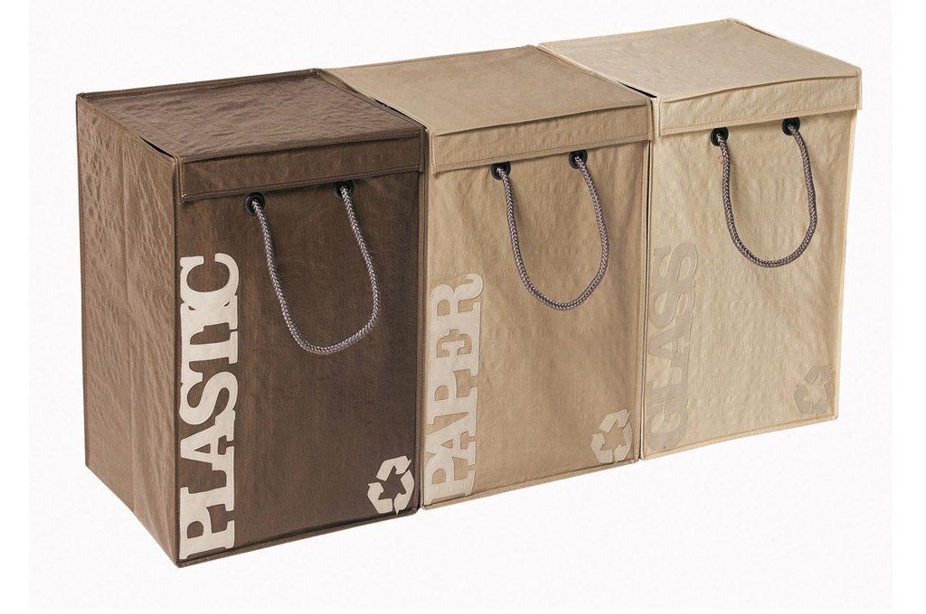 pattumiere belle e utili per la raccolta differenziata casafacile. Black Bedroom Furniture Sets. Home Design Ideas