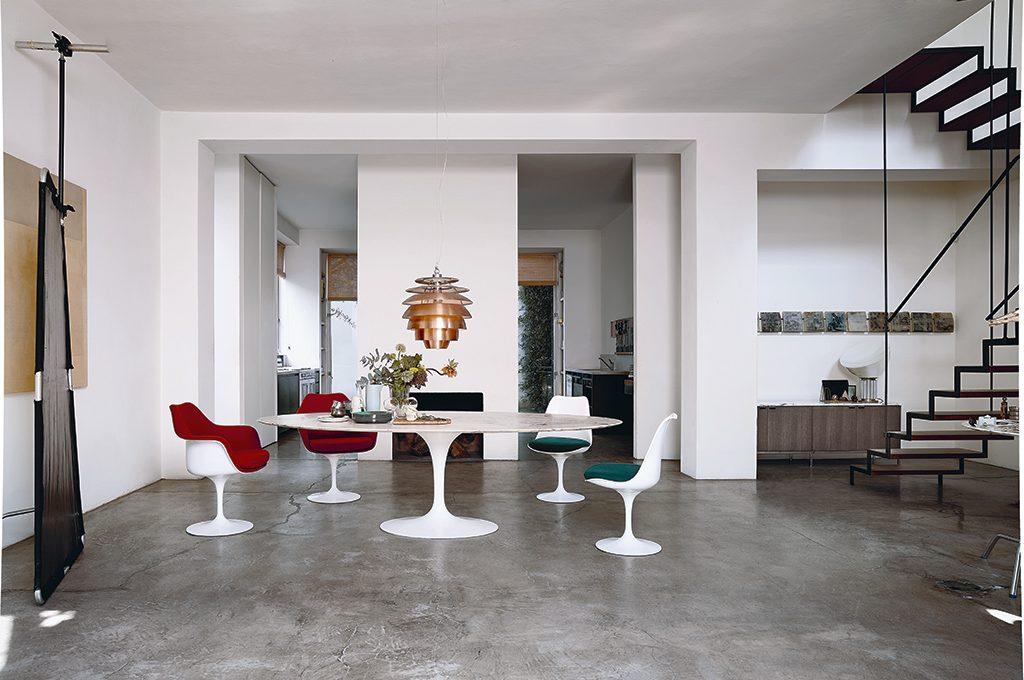 Icone del design il tavolo tulip casafacile for Sedie per tavolo tulip