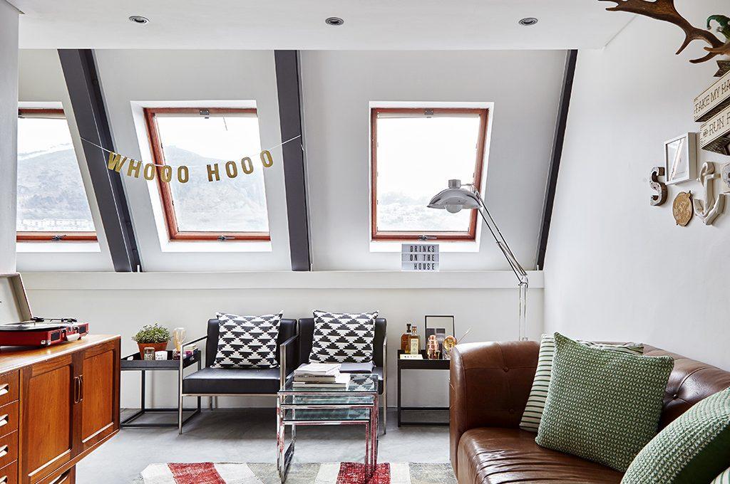 Mobili su misura per un piccolo open space casafacile for Costo arredare casa