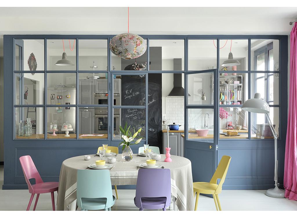 Dividere soggiorno e cucina con una vetrata casafacile - Separazione cucina soggiorno ...