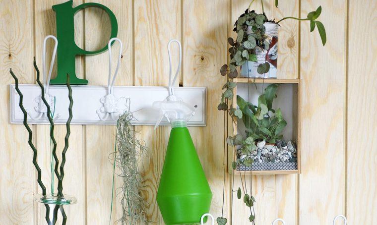 Appendiabiti shabby per le piante