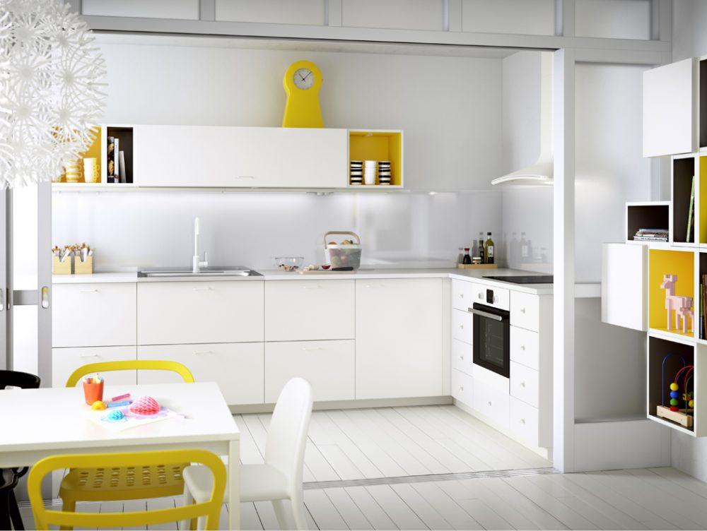 I colori pi adatti per completare la tua cucina bianca o grigia casafacile - Cucina tutta bianca ...