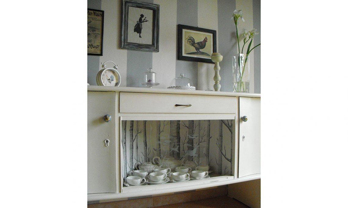 Credenza Con Piano Di Lavoro : Come ridipingere e decorare una vecchia credenza casafacile