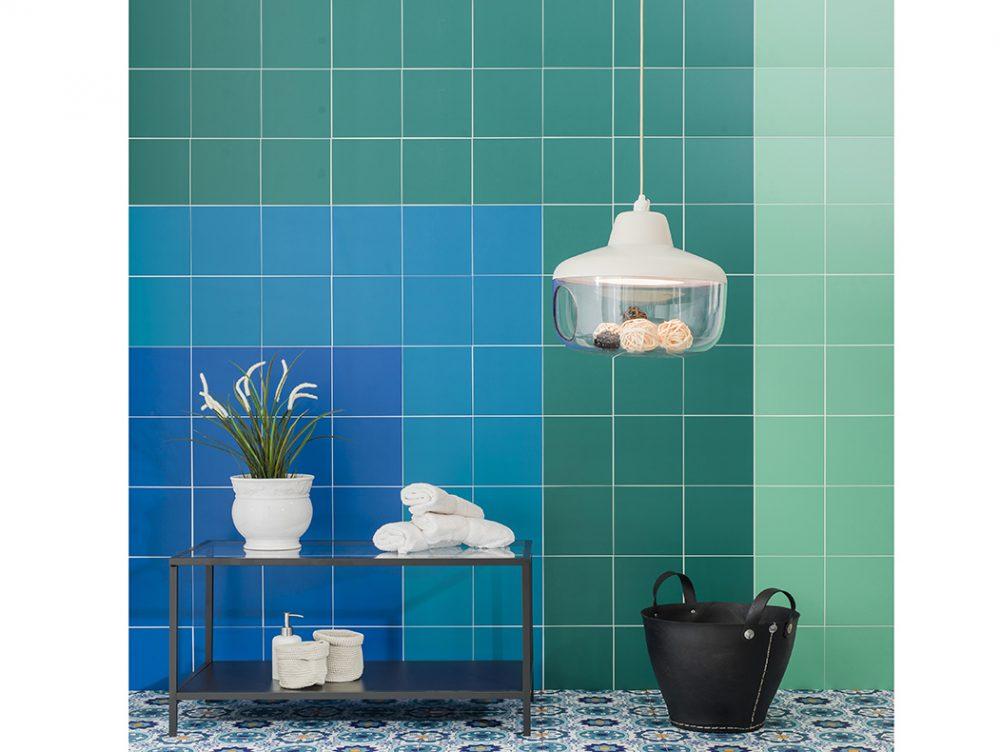 Piastrelle adesive: come ricoprire pavimento e pareti
