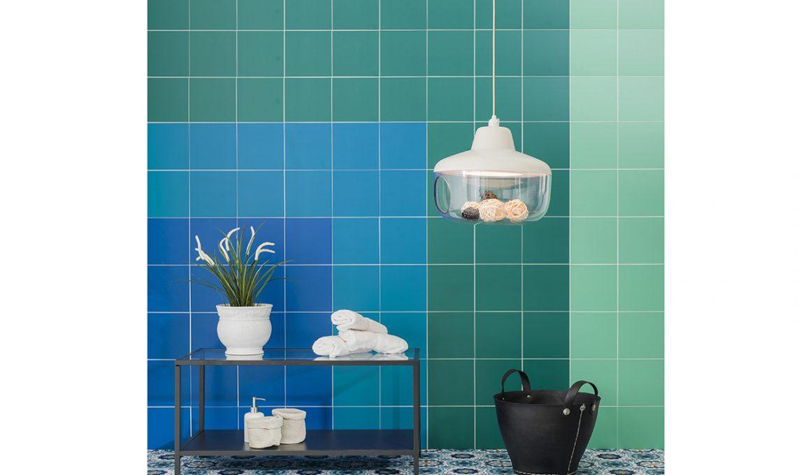 Piastrelle adesive come ricoprire pavimento e pareti casafacile