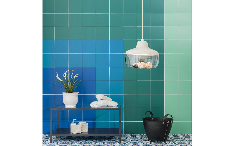 Piastrelle adesive come ricoprire pavimento e pareti casafacile - Piastrelle adesive pavimento ...