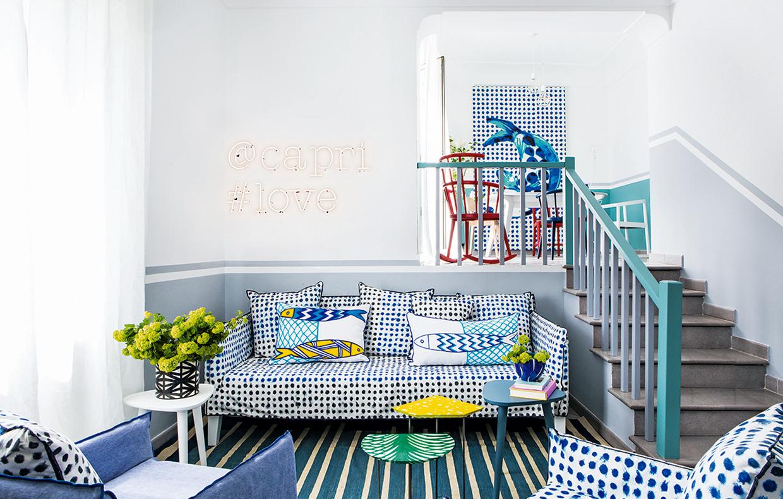 La casa di vacanza si rinnova nei colori del mare casafacile for Indipendenza del piano di cabina del mare