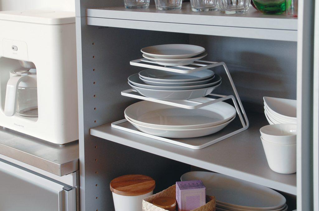 18 accessori salvaspazio per la cucina casafacile for Accessori pensili cucina
