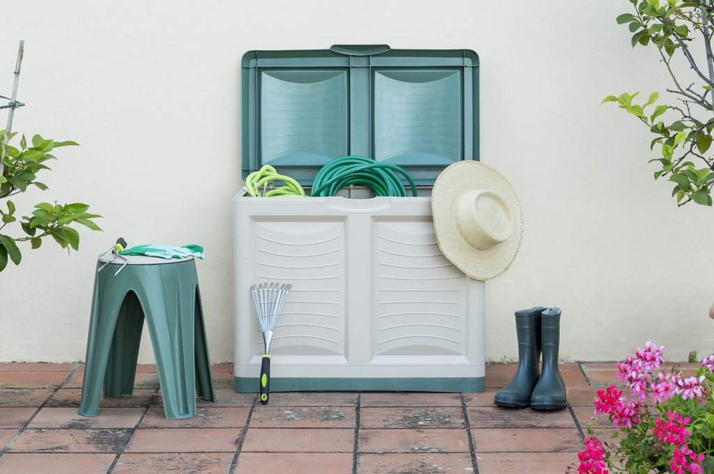 Mobile Credenza Da Esterno : Armadi e contenitori da balcone pratici belli casafacile
