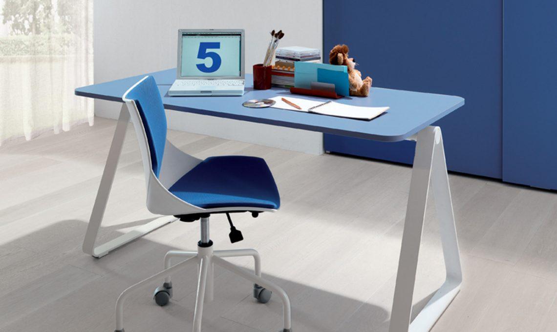 Camera dei ragazzi: come scegliere la scrivania giusta ...