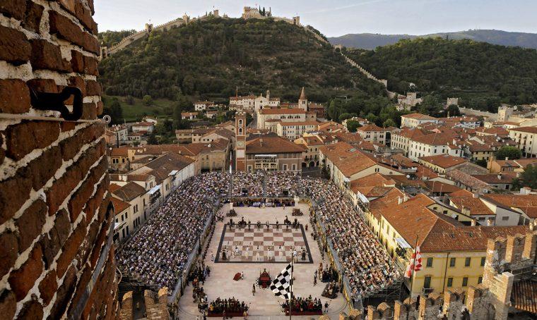Eventi di settembre: la partita con gli scacchi viventi a Marostica