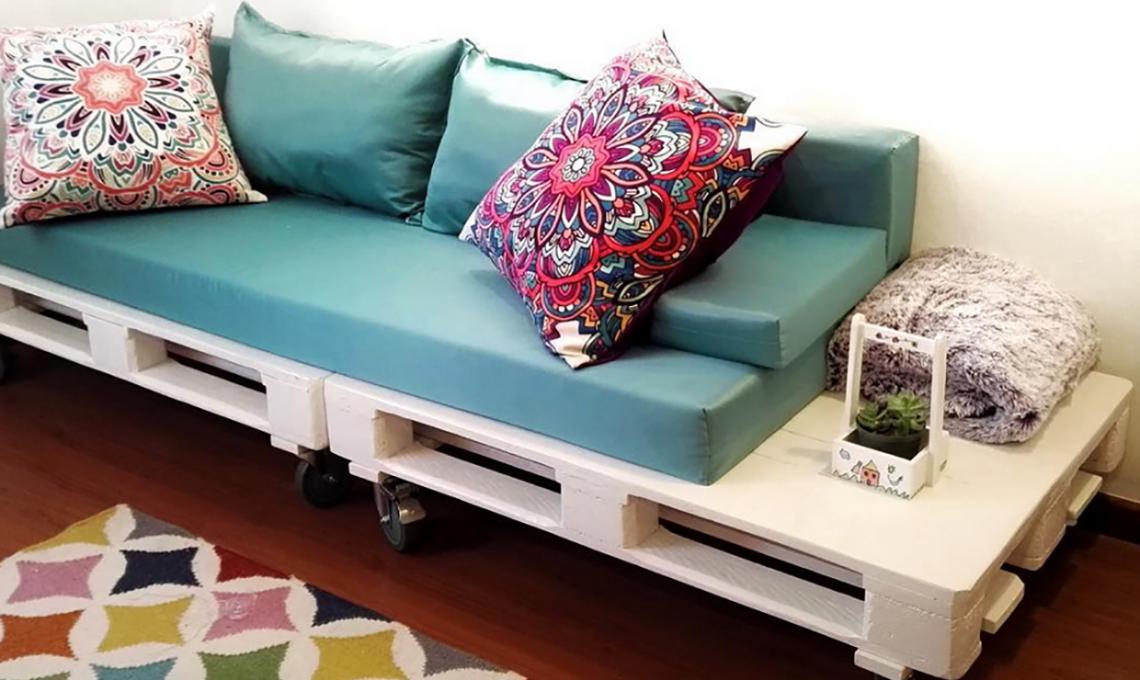 Mobili ad angolo per soggiorno come pulire i divani in - Mobili pallet prezzi ...