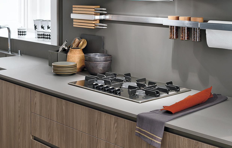 Piano di lavoro in cucina il fenix ntm casafacile - Piano lavoro cucina ...