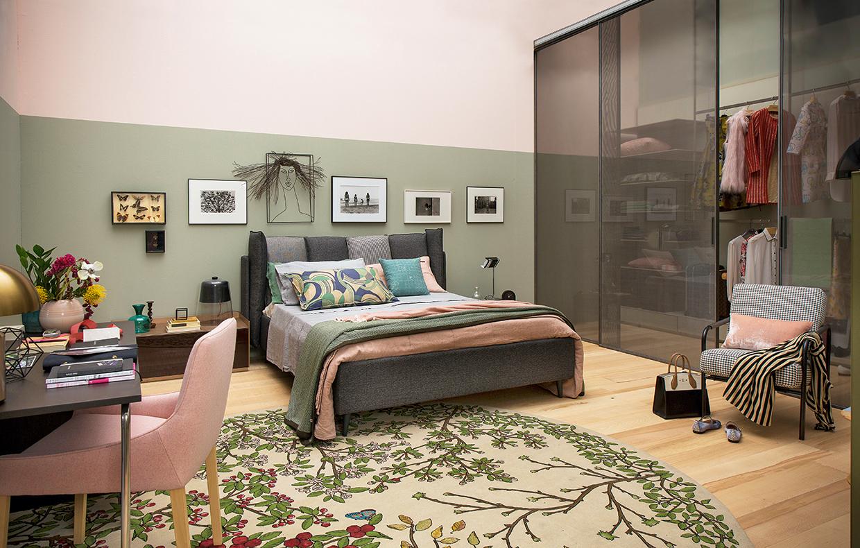 Camera da letto al femminile con maxi cabina armadio - Armadio stanza da letto ...