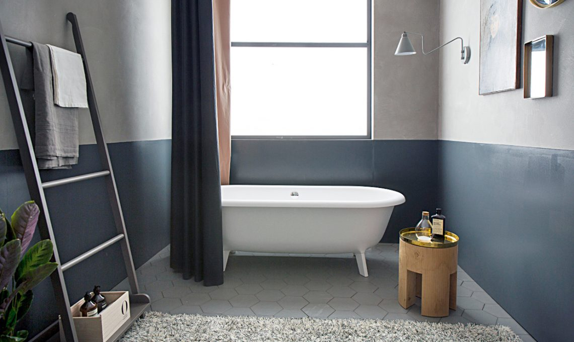 Come arredare il bagno con una vasca in stile vintage casafacile - Come montare una vasca da bagno ...