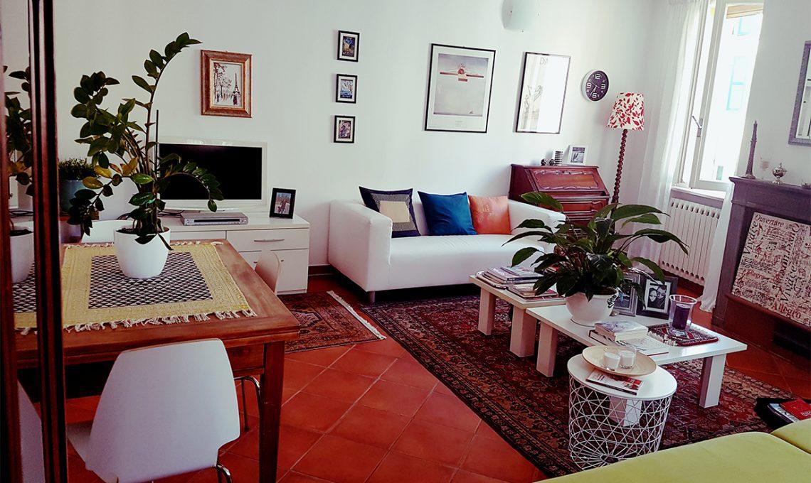 Moderno e antico arredare con stili a contrasto casafacile for Arredare un salotto moderno