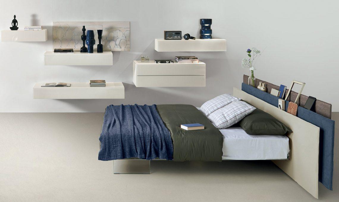 La testiera del letto ora 39 intelligente 39 casafacile for 4 piani di camera da letto