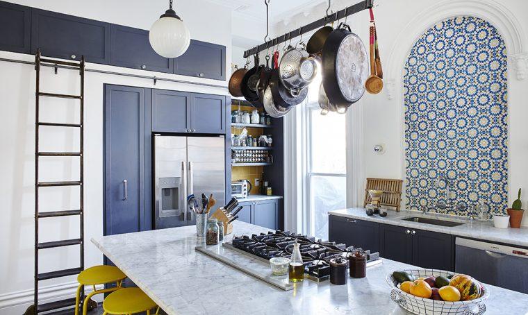 Una cucina moderna per una casa d'epoca
