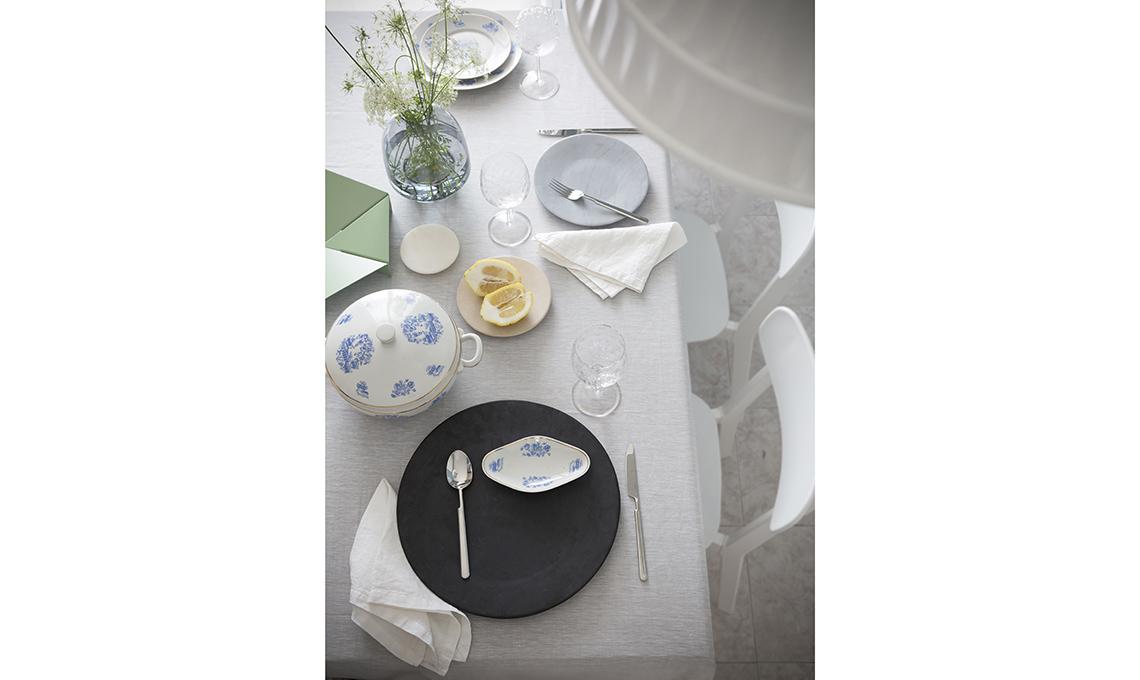 tavola apparecchiata